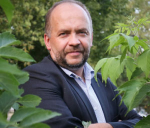 dr Marek Bachański
